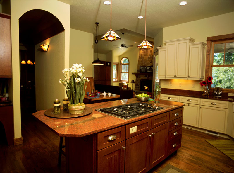 13 beautiful craftsman home interior design house plans for Craftsman home interior design